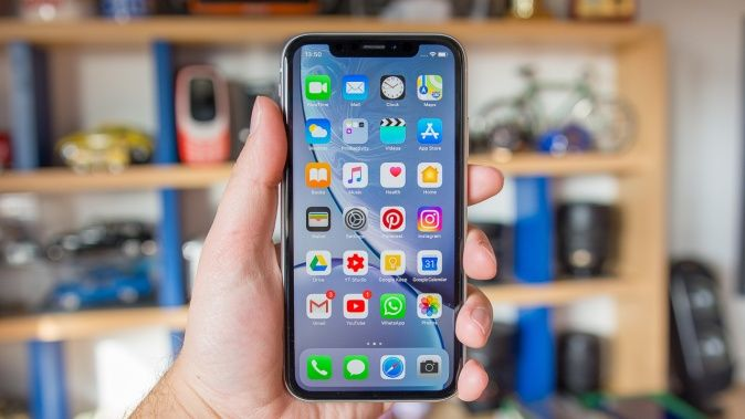 iPhone XR – Recenzija