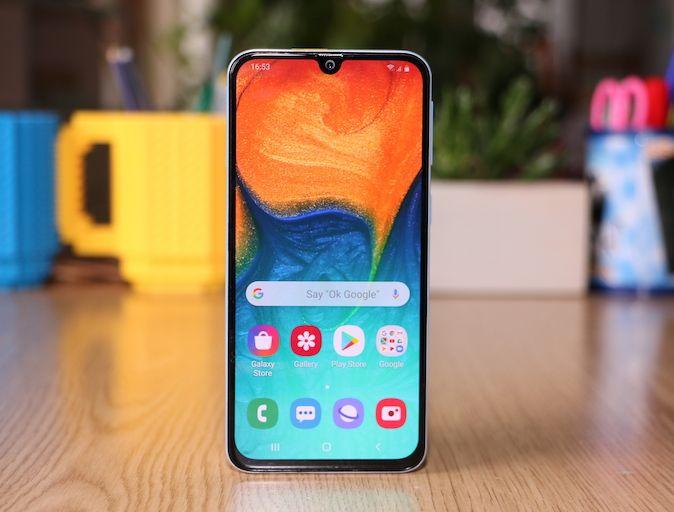 Samsung Galaxy A40 – Recenzija